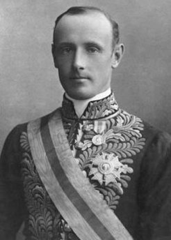 seventh Earl of Hopetoun (1860-1908), by unknown photographer