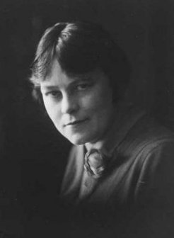 Margaret Mary Marlowe (1884-1962), by May Moore