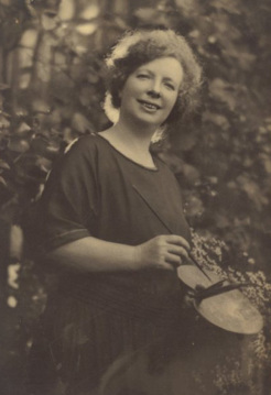 Margaret Preston, by Harold Cazneaux, c.1924