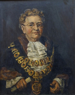 Marie Dalley, in her mayoral robes, by James Govett, c.1954